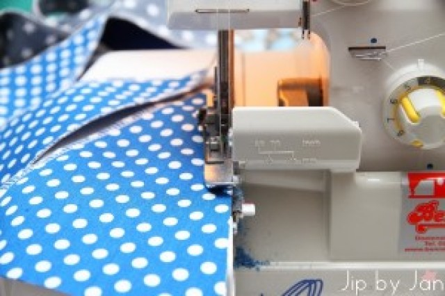 Bunting flags with cover stitch machine Jip by Jan