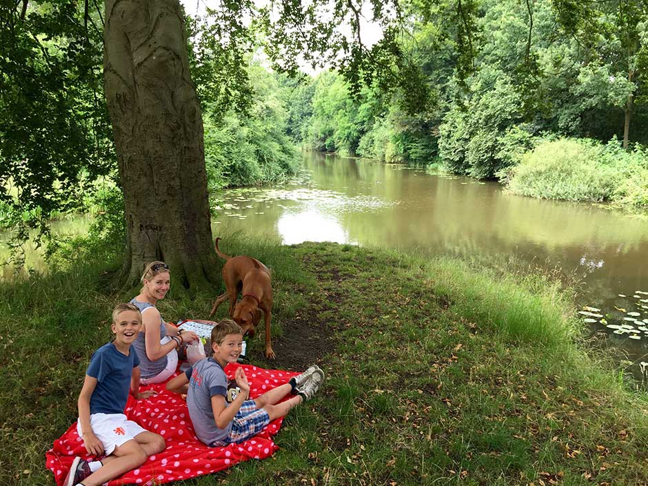 Staycation Picknicken langs de Regge