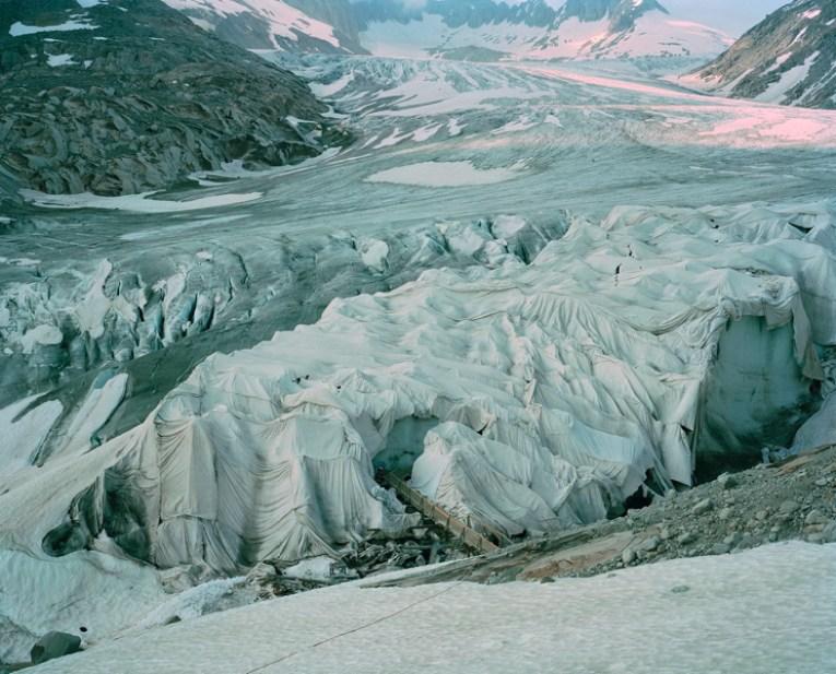 Jörn Vanhöfen, Glacier # 6534, 2013, C-Print auf Alu Dibond 122 × 147 cm gerahmt Auflage: 5 + 2 AP © Jörn Vanhöfen, Courtesy Galerie Kuckei + Kuckei, Berlin