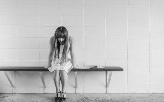 worried-girl-negative_emotion