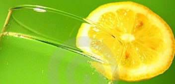 10 Benefits of Drinking Warm Water with Lime