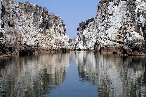 Jabalpur - The city of enchanting Dhuandhar Falls
