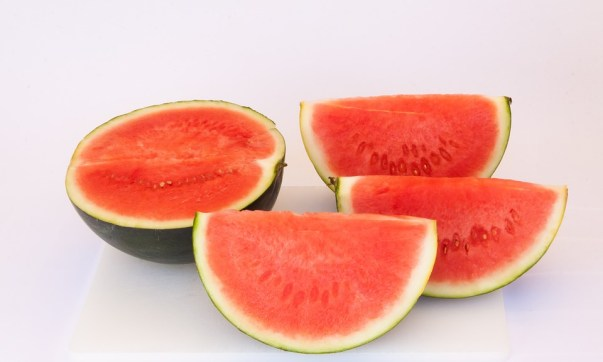 10 Reasons to eat watermelon in summer