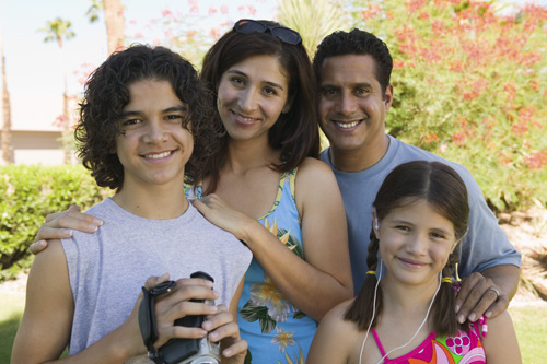 8 Things happy families do together