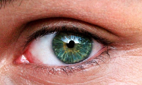 07 Things your eyes are trying to tell you about your health