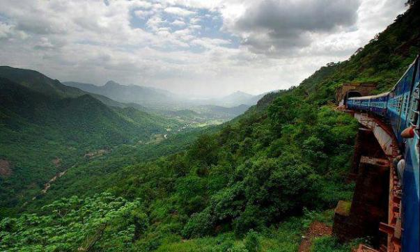 Araku valley best hill station in Andhra Pradesh