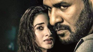 Khamoshi movie review