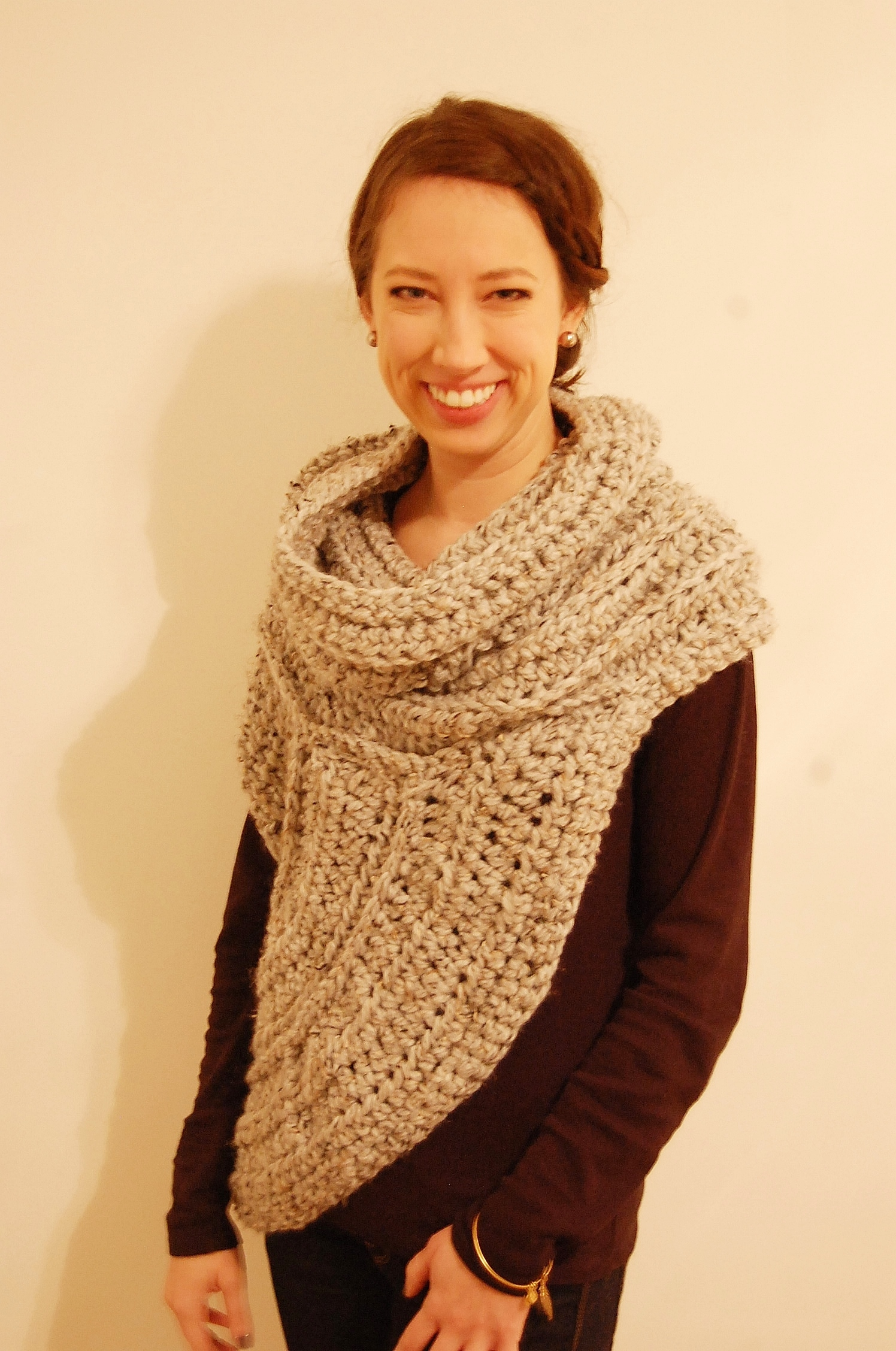 Katniss cowlvest knit crochet pattern katniss vestcowl from catching fire bankloansurffo Gallery