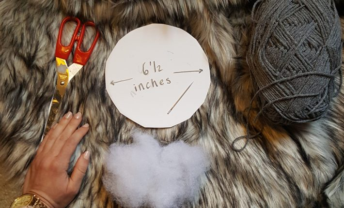 How to Make a Faux Fur Pom-Pom