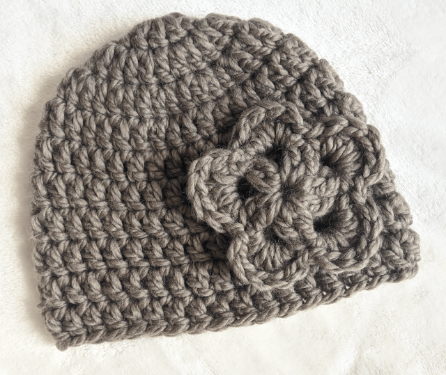 Free easy crochet hat pattern for beginners by JJCrochet
