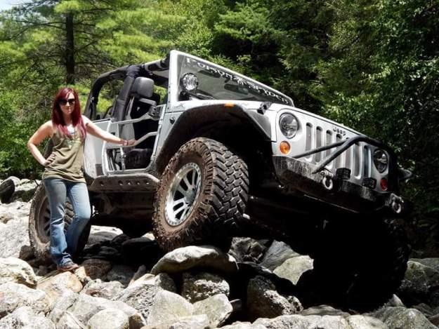 Camaro Girl w Jeep