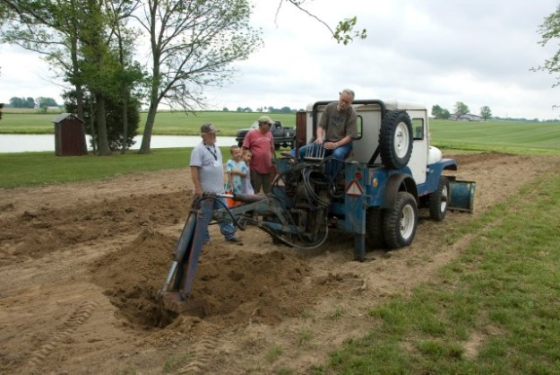 cj5-gofor-digger-working (1)