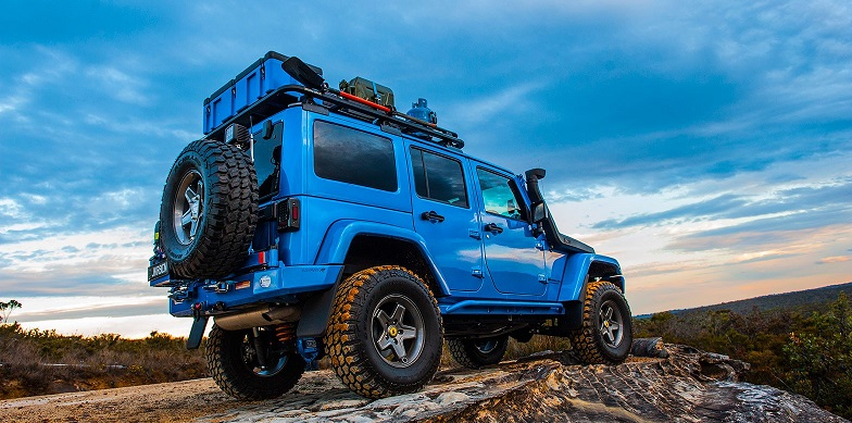 new rhino rack backbone beefs up jeep s