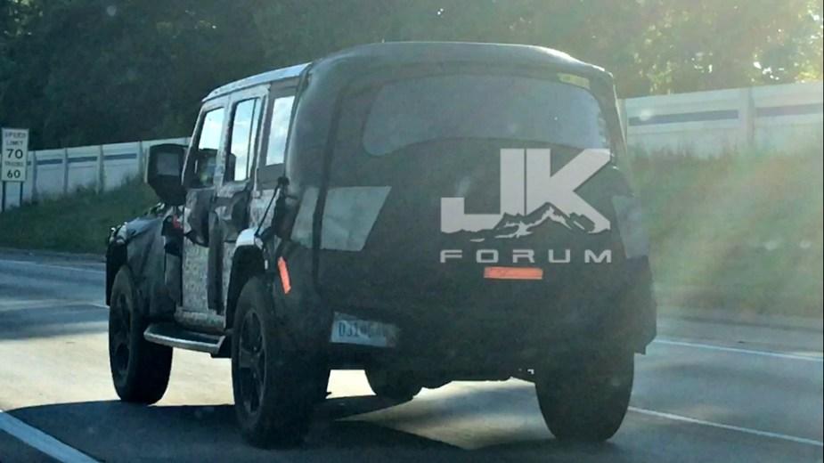 Jeep Wrangler JL Pickup Spy Shot
