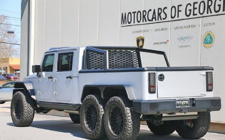 6X6 Conversion for Jeep Wrangler Comes With Giant Hemi - JK
