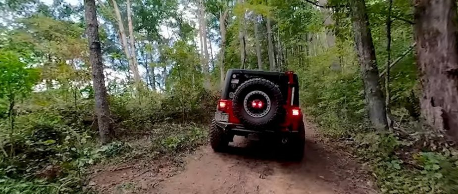 Jeep Wrangler OFf-Roading with others