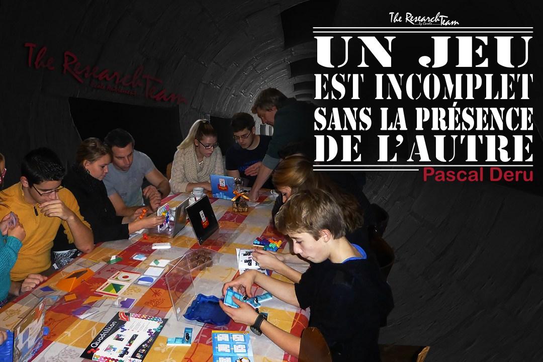 Braine-l'Alleud, Belgique. Soirée jeux de société prof-élève.