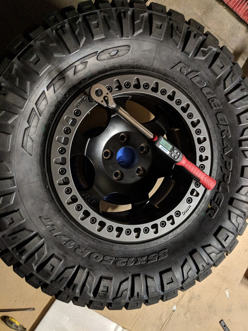 Red Fuel Zephyr Beadlocks 2018 Jeep Wrangler Forums