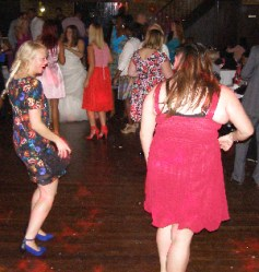 Sellindge Mobile Disco Dancers Image