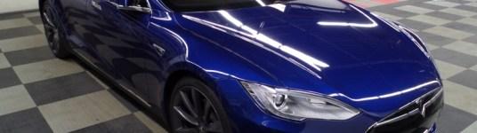 Tesla P85D Laser