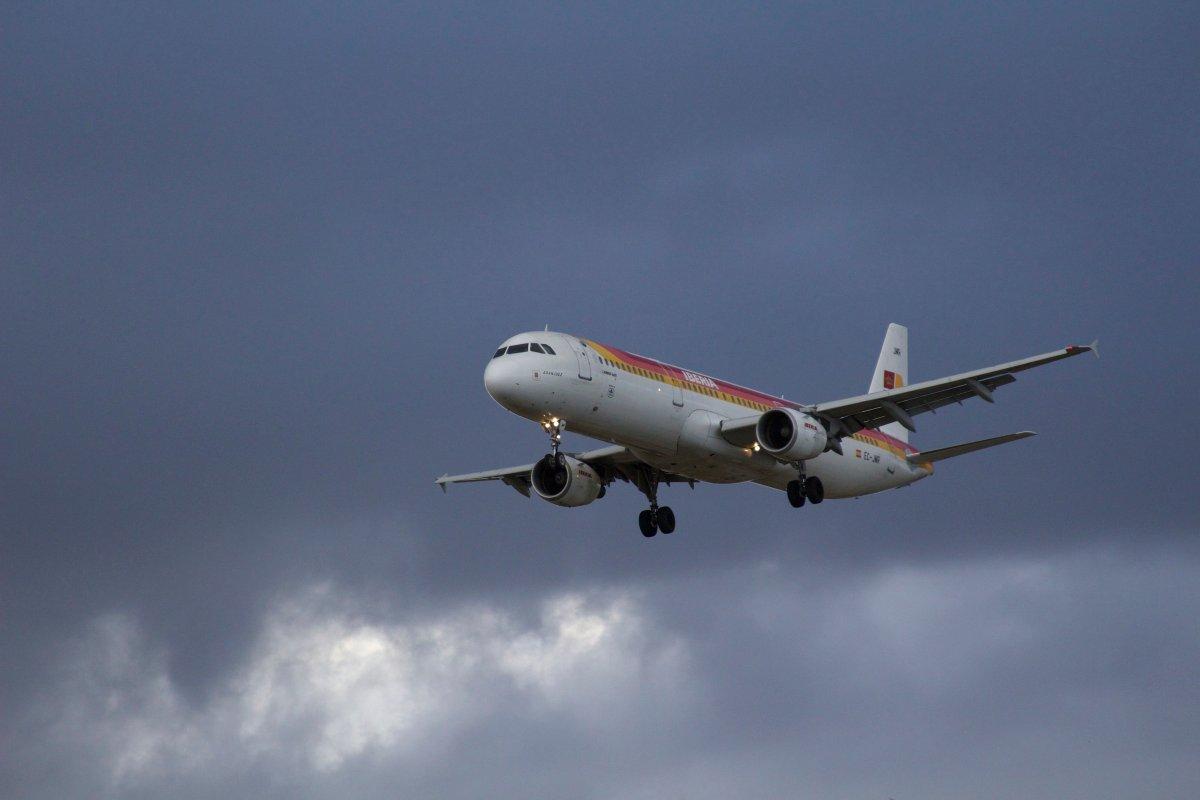 Primer Spotting en el Aeropuerto de Barcelona El Prat – LEBL