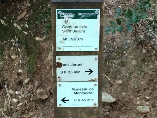 Sant Jeroni Signs