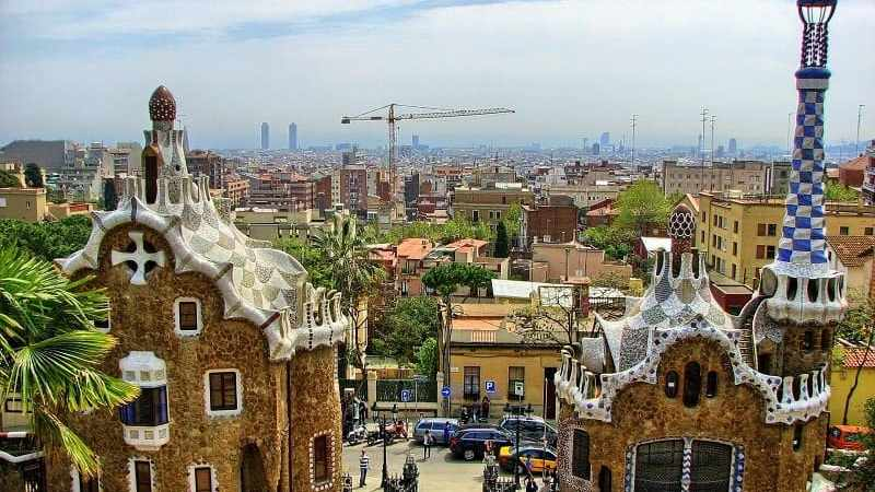10 Must See Places in Barcelona