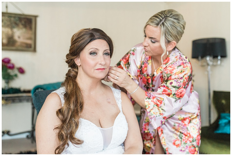 Photo of the bride getting ready from a a special winter wedding at Hidden Meadows, a wedding venue in Snohomish near Seattle, WA. | Joanna Monger Photography | Snohomish & Seattle Wedding Photography