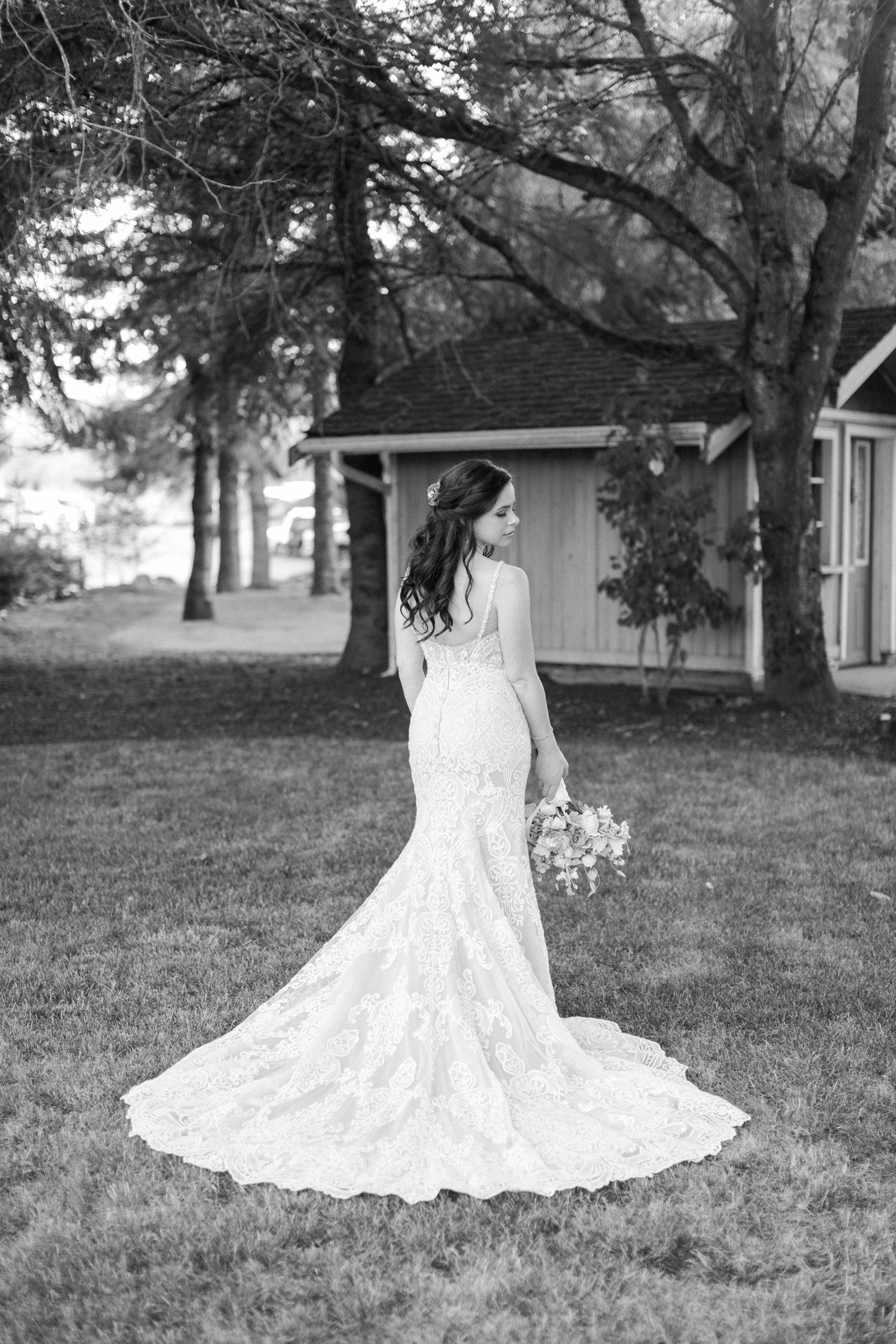 Elegant bride at Woodland Meadow Farms in Snohomish WA. Outdoor forest wedding near Seattle.
