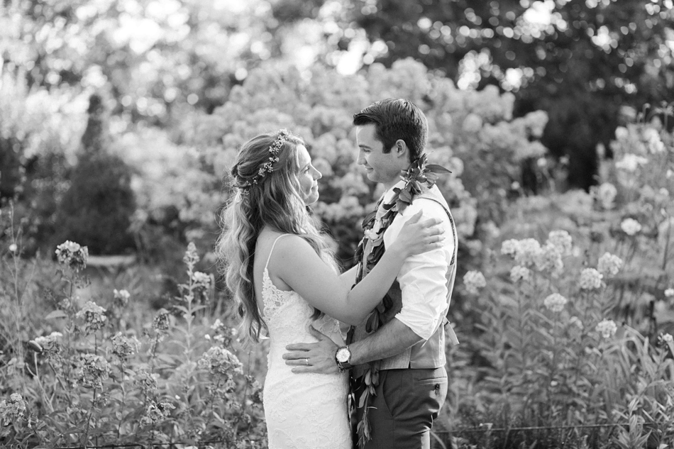 Black and white wedding photography at Twin Willow Gardens in Snohomish. Photos by Joanna Monger Photography, Snohomish and Woodinville Wedding Photographer.