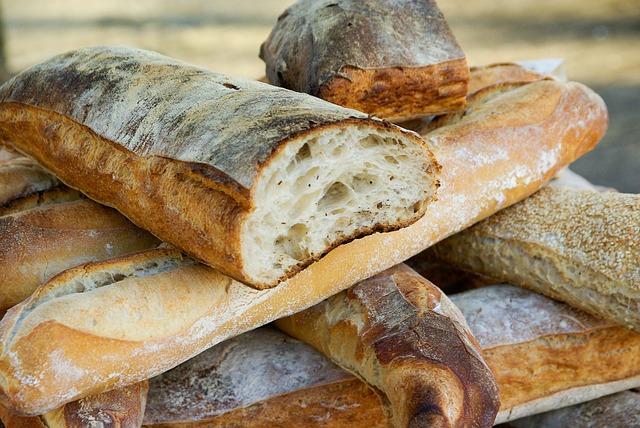 bread-595436_640