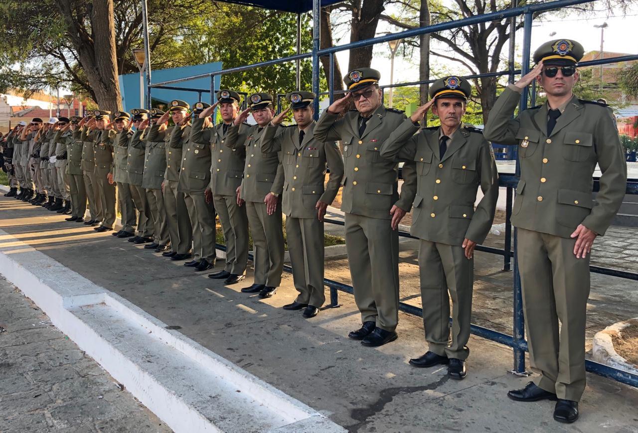 O Comando de Policiamento Regional II realiza solenidade alusiva ao Patrono da Polícia Militar, Coronel Elisio Sobreira