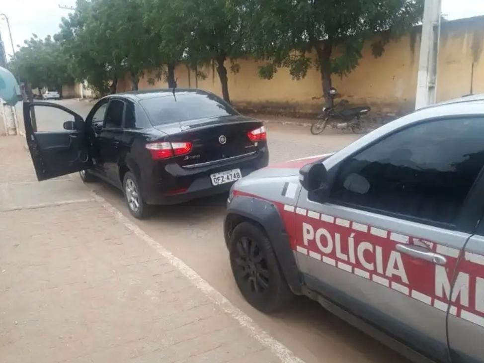 Lojistas de Lagoa (PB) que se deslocavam para Fortaleza foram assaltados na PB-325, próximo a Jericó