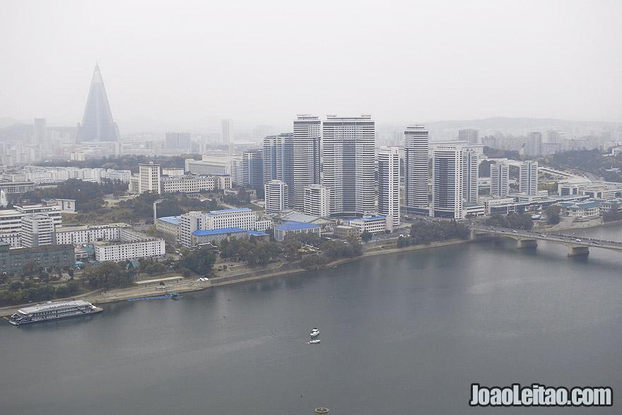 Vista do centro de Pyongyang