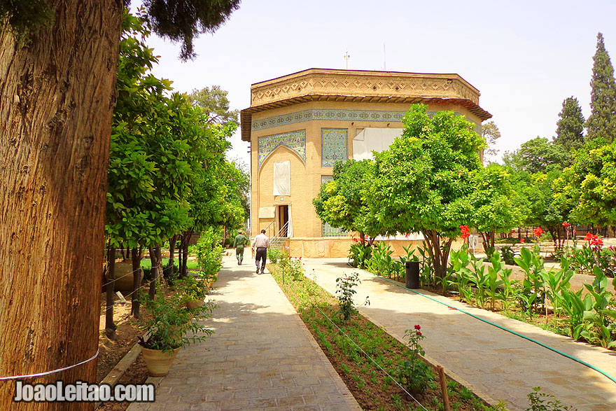 Pars Museum in Shiraz - What to do in Iran