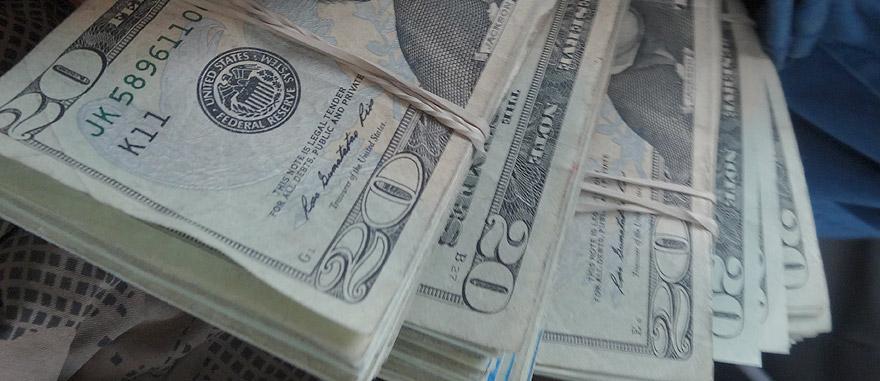 A moeda oficial do Equador é Dólar Americano