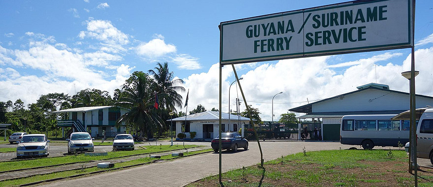 Border of Guyana with Suriname - ferry service across the river