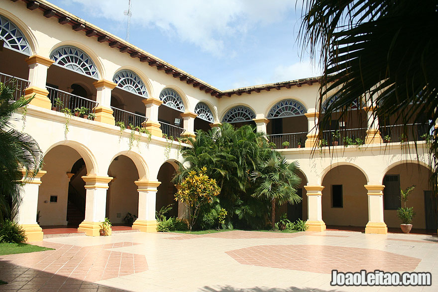 Inside patio of building in Camaguey