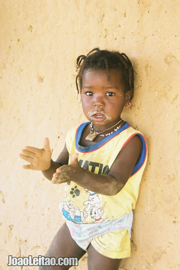 Baby girl clapping, Senegal