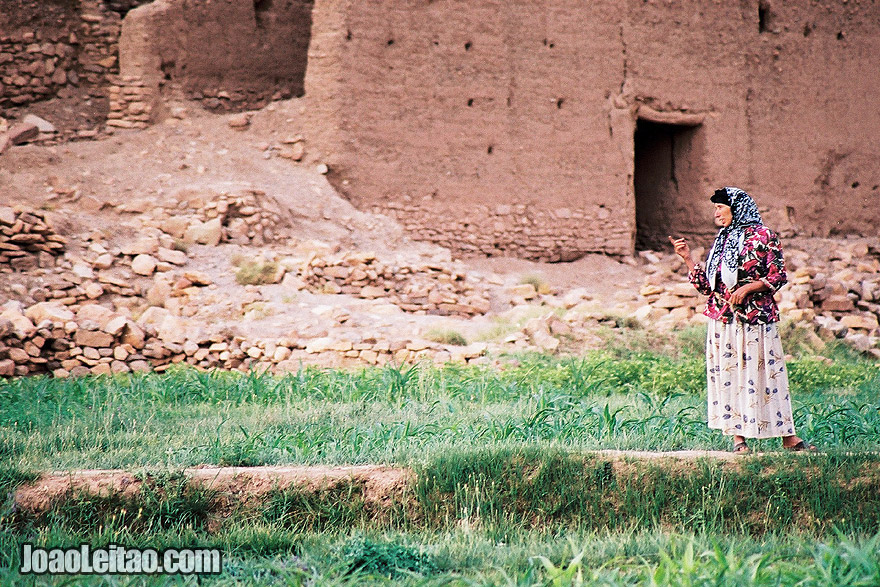 Photo of Berber woman in Tamtettoucht, Morocco