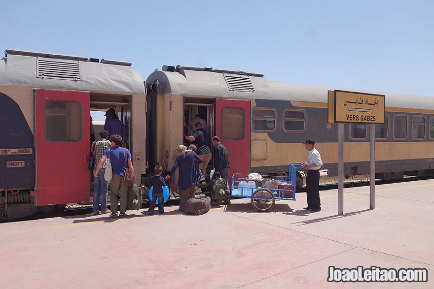 Travel by Train in Tunisia
