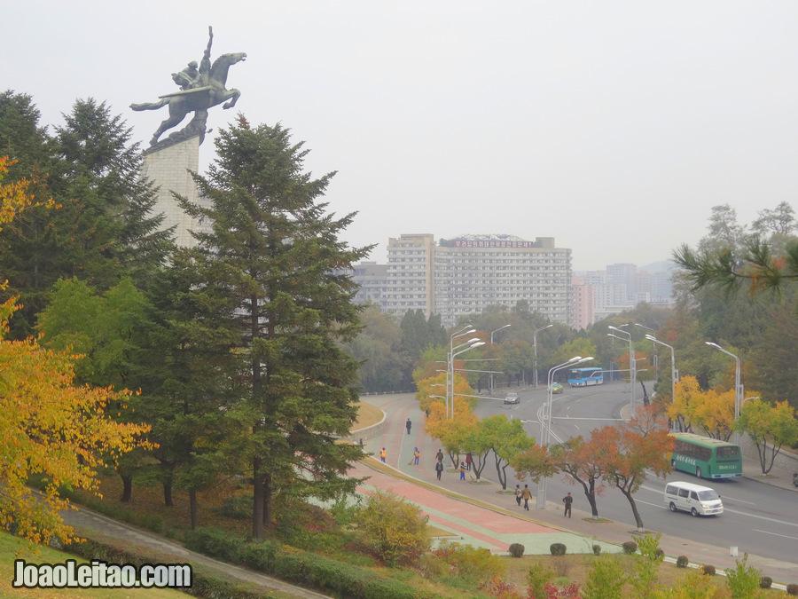 Estátua de Chollima - Pyongyang
