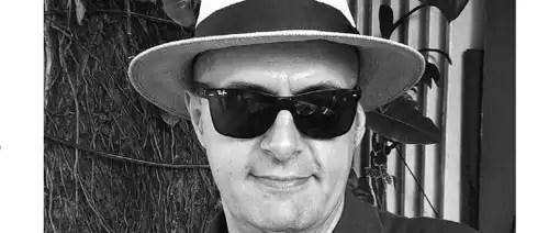 """Read more about the article """"A escrita não correrá o risco de desaparecer"""" – uma entrevista de João Nunes no Açoriano Oriental"""