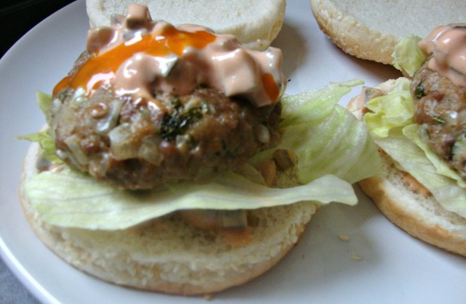 oven baked juicy turkey burgers