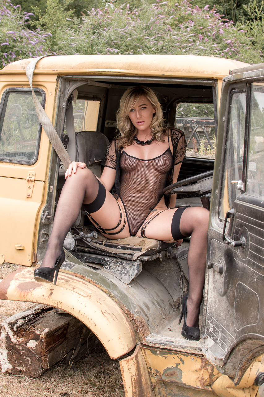 Its time to get really filthy in the cab of a truck!