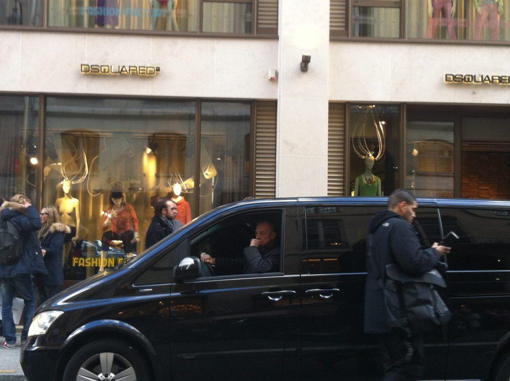 J Lo in Paris
