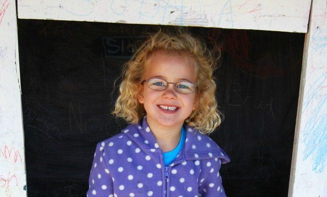 Tips so kids don't lose or break their glasses