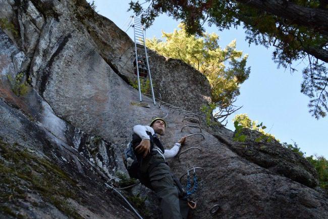 Darryl Leniuk rock climbing