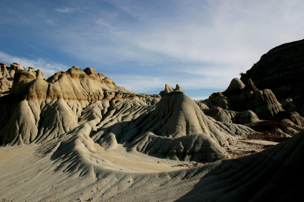 dinosaur provincial park landscape
