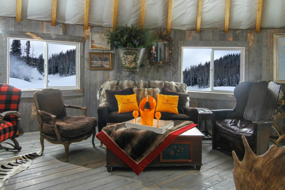 winter champagne lounge
